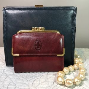 Buxton Vintage Wallet with Kiss Clasp Coin Purse